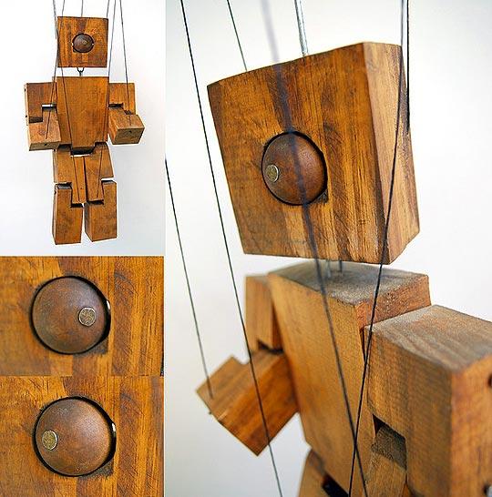 Diseño grafico y marionetas de JUAN PABLO CAMBARIERE.