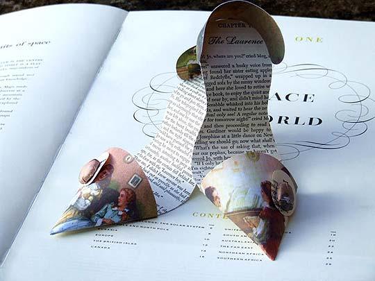 Escultura en papel de JENNIFER COLLIER