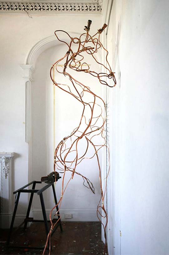 Escultura. Animales en papel de ANNA-WILI HIGHFIELD