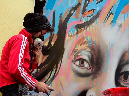 Arte urbano de JORGE GIRALDO Aka Tonra