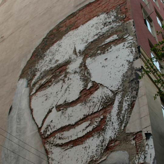 Arte urbano de JR. Fotografía de dio Edgar Humberto Álvarez