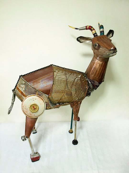 Escultura de NATSUMI TOMITA